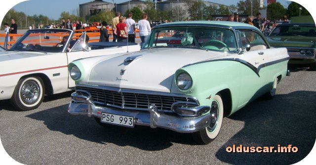 1956 Ford Fairlane Victoria Hardtop Coupe front