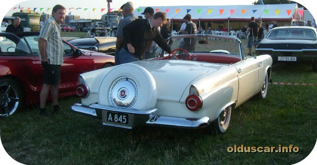 1956 Ford Thunderbird 2s Convertible Coupe back