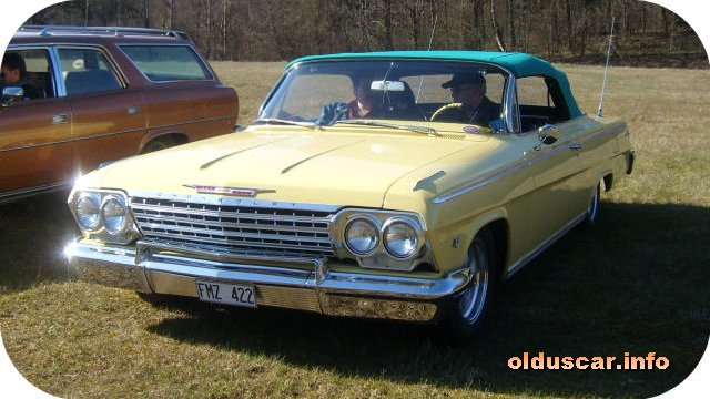 1962 Chevrolet Impala SS Convertible Coupe front
