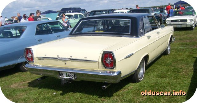 1965 Ford Galaxie 500 LTD Hardtop Sedan back