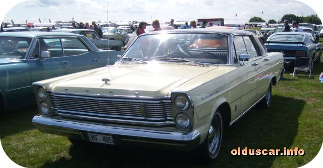 1965 Ford Galaxie 500 LTD Hardtop Sedan front