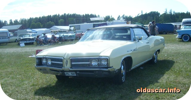 1968 Buick LeSabre Custom Convertible Coupe front