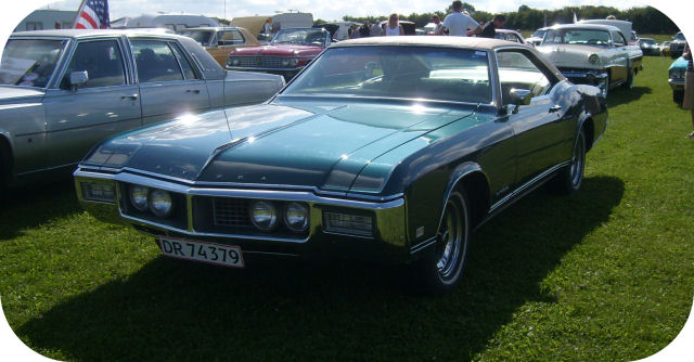 1968 Buick Riviera Hardtop Coupe front