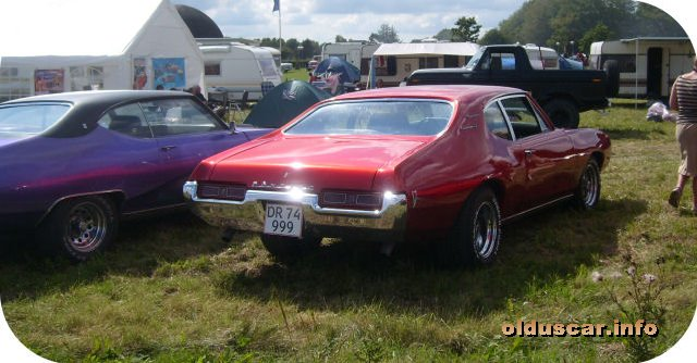 1969 Pontiac Tempest Custom Sport Coupe back