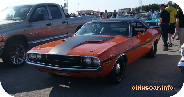 1970 Dodge Challenger RT Hardtop Coupe front